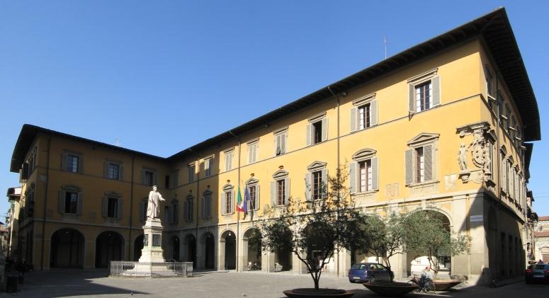 foto Palazzo Comunale di Prato. Credits: wikipedia.org